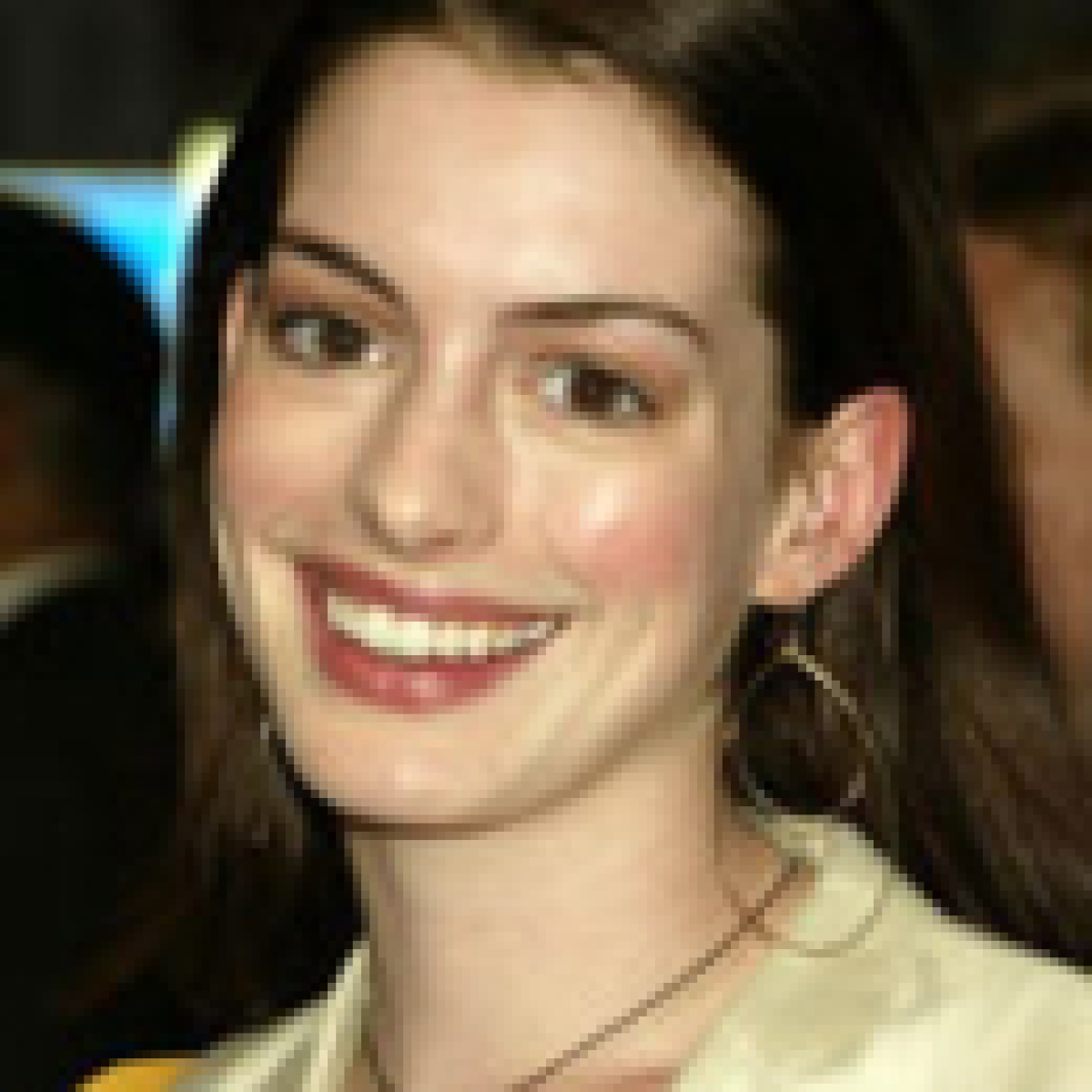 Anne Hathaway Ziegfeld Theatre: Anne Hathaway To Play Judy Garland In Stage And Screen