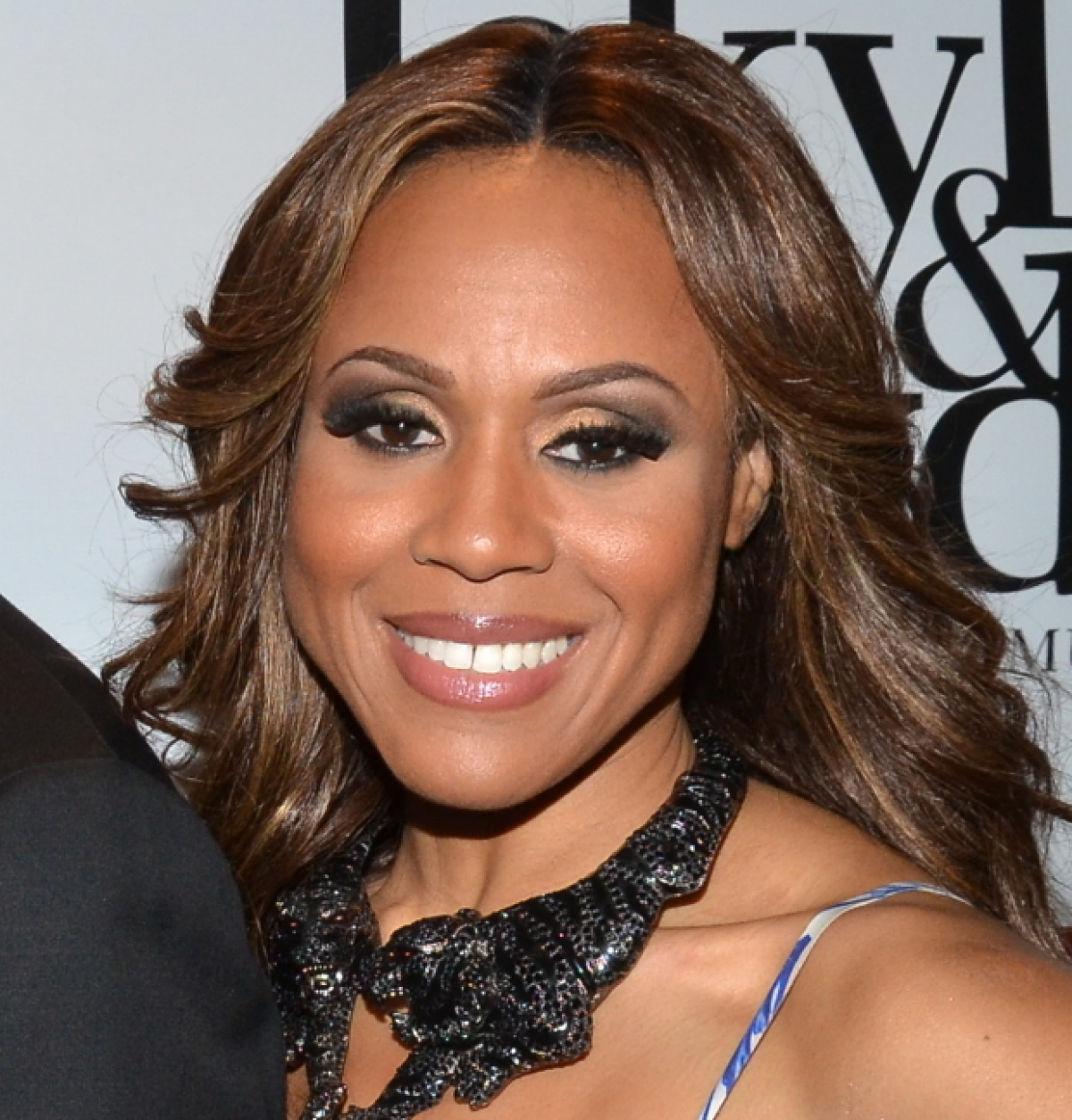 Deborah cox to take on whitney houston 39 s classic role in for Cox houston