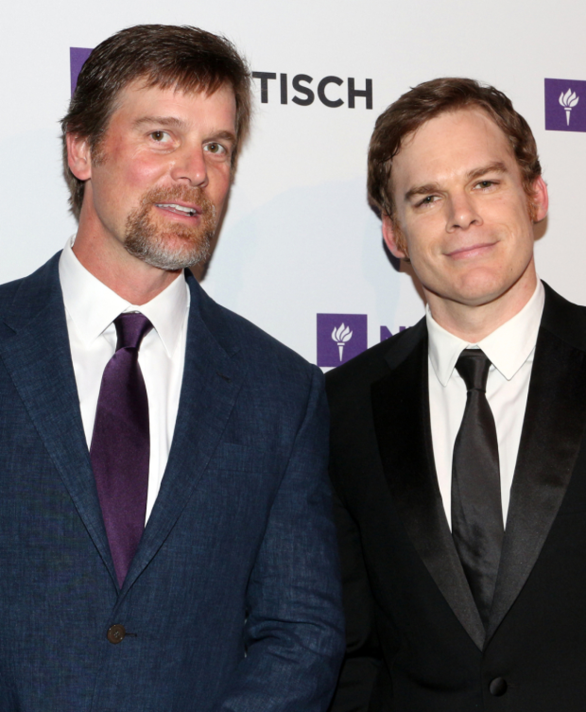 Six Feet Under Reunion Peter Krause Helps Honor Michael C