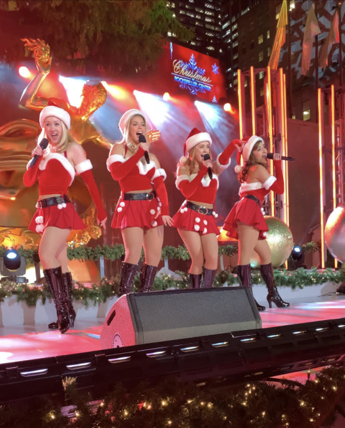 """Watch Mean Girls Perform """"Jingle Bell Rock"""" on Christmas in Rockefeller Center 