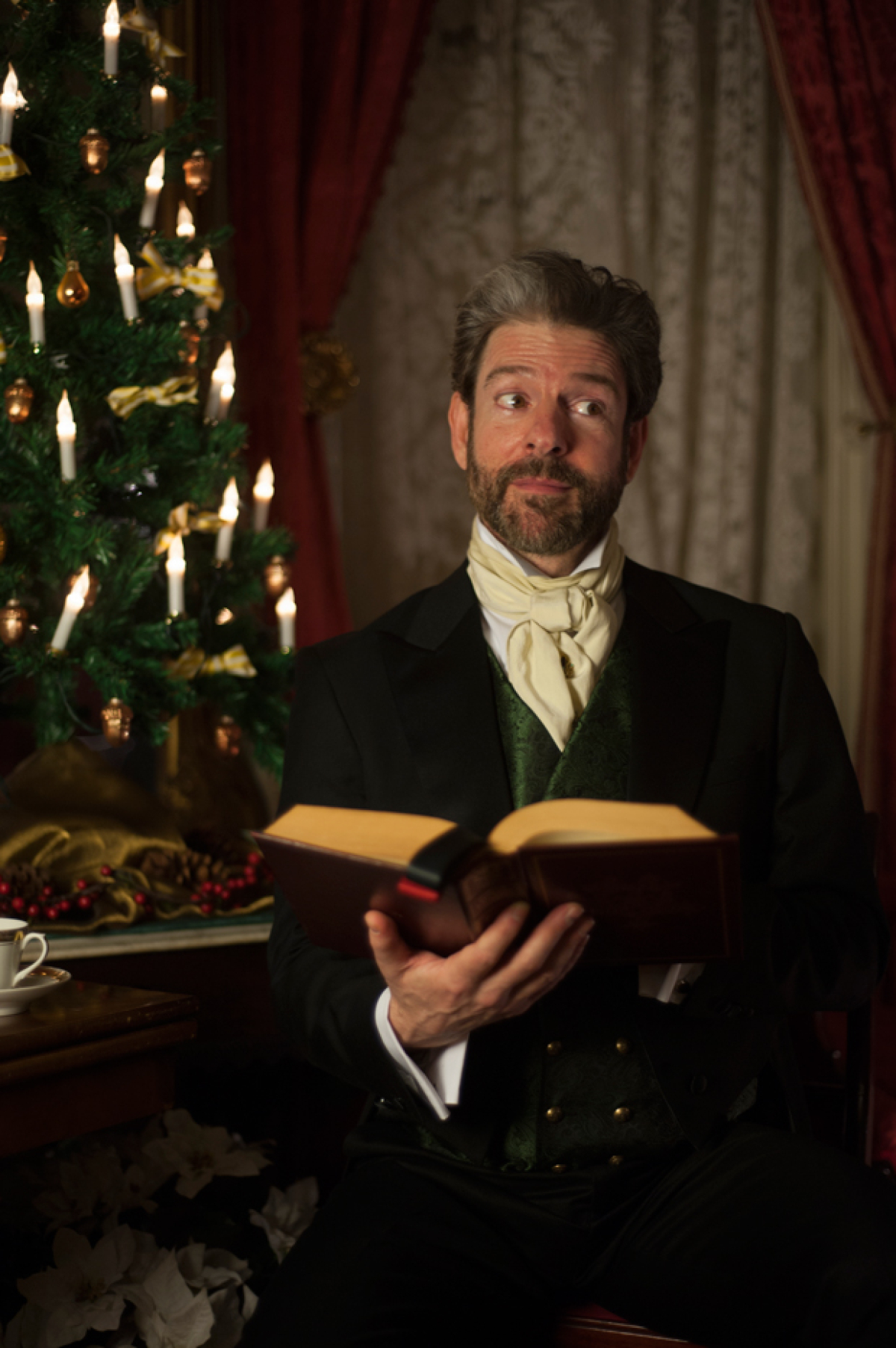 More Performances of Summoners Ensemble Theatre's A Christmas Carol Added | TheaterMania