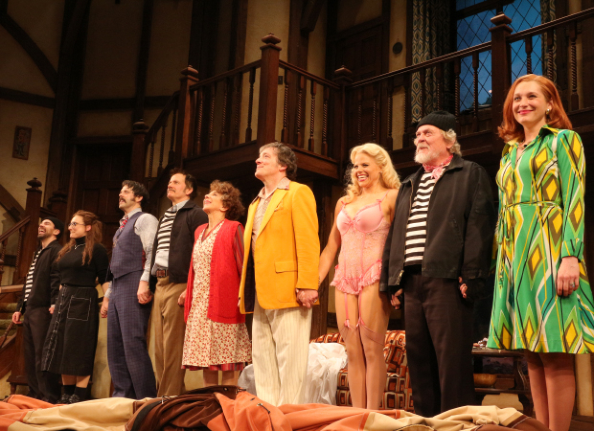 It S Broadway Mayhem As Noises Off Starring Andrea Martin