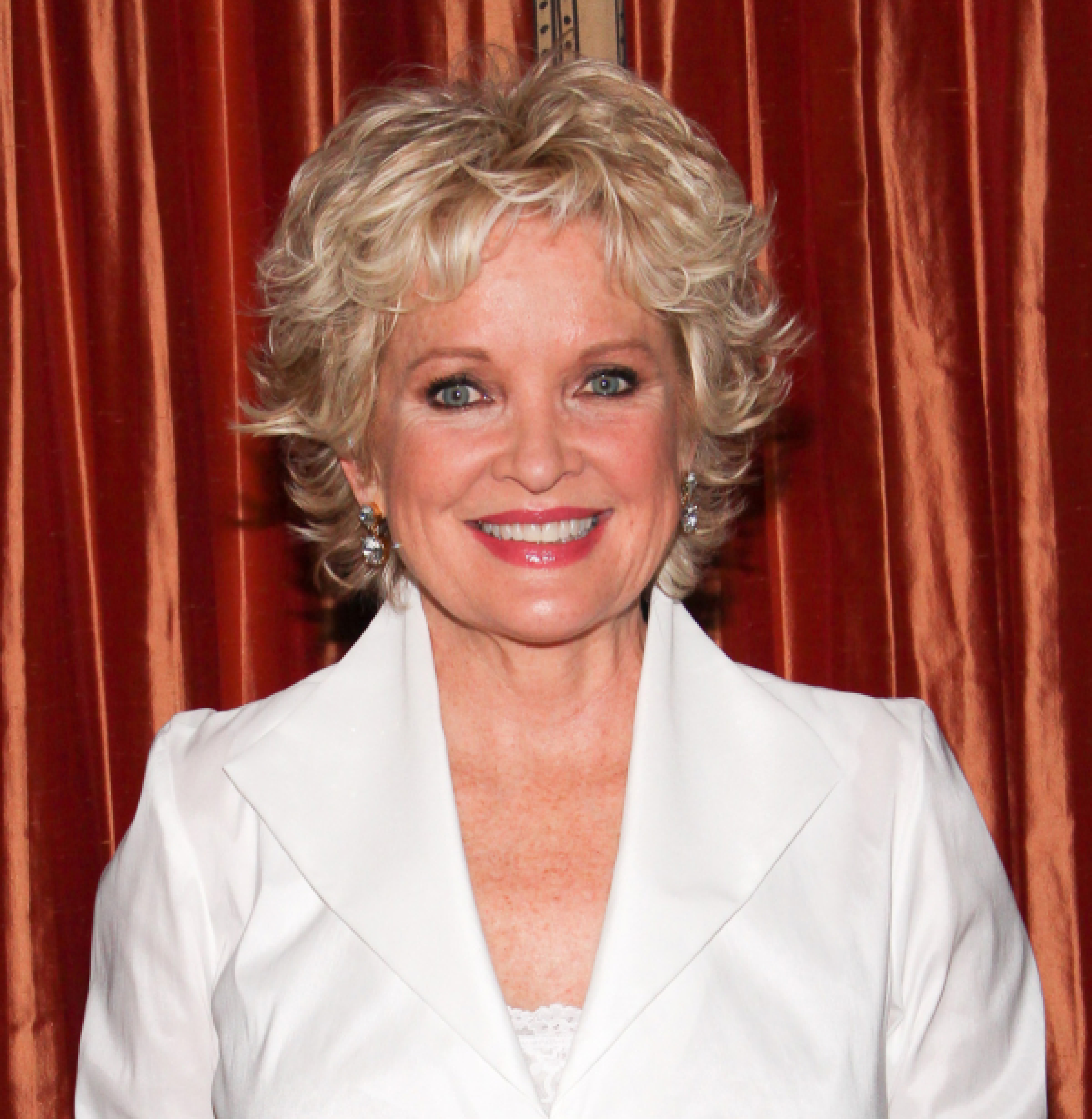 Discussion on this topic: Novie Edwards, christine-ebersole/