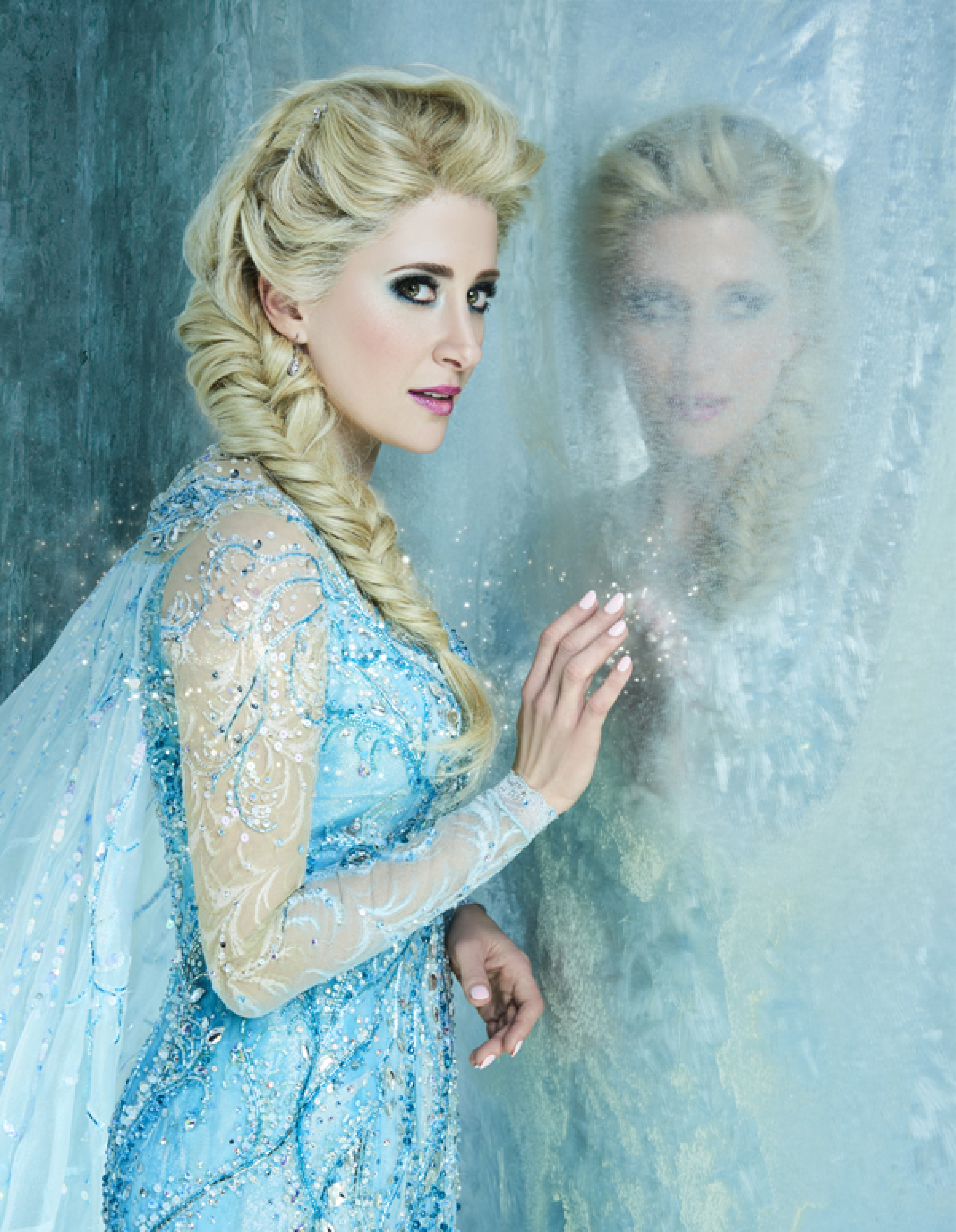 664750f928 Stars of Broadway s Frozen Get Stunning Character Portraits ...