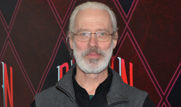 Terrence Mann Author >> Terrence Mann Becomes Finding Neverland S Next Captain Hook