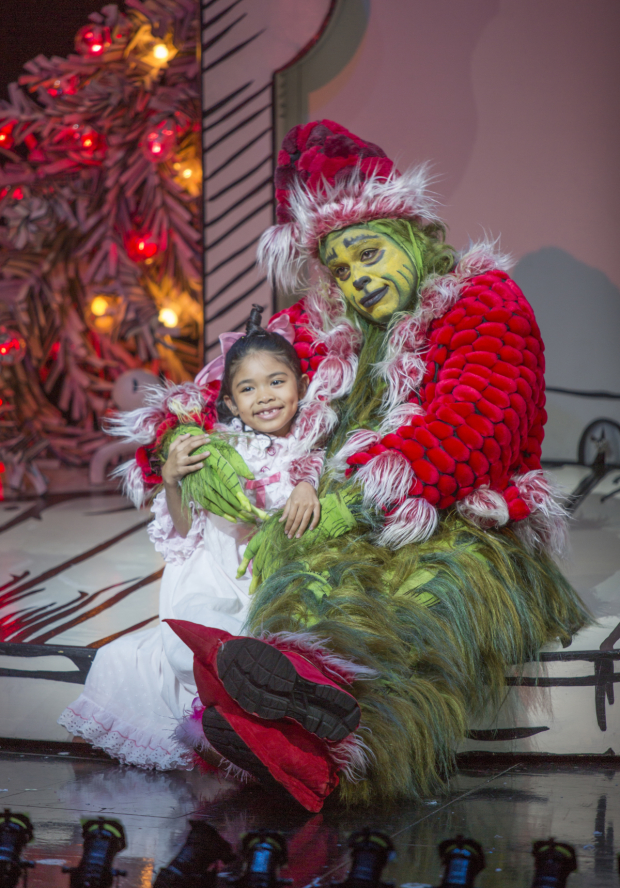 Dr Seuss Christmas.Casting Announced For Dr Seuss How The Grinch Stole