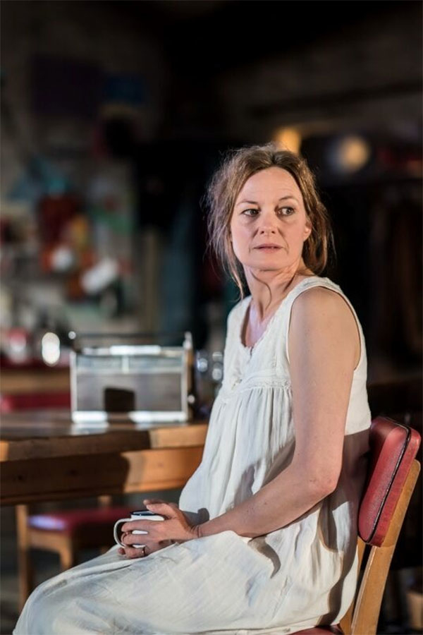 Catherine McCormack married