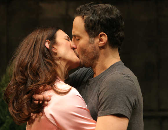 Stage Kiss Theatermania