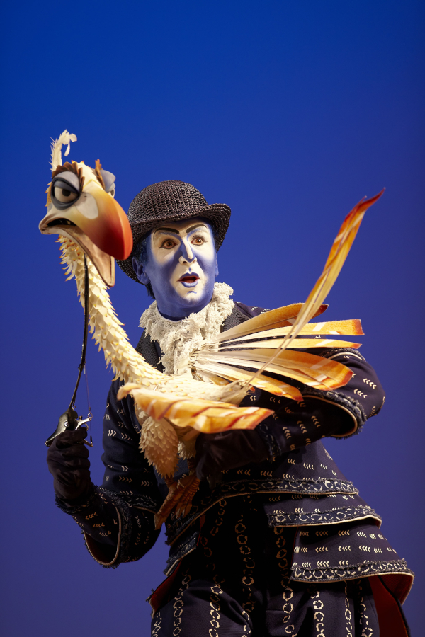 Esteban Oliver who played Zazu in the Madrid production of The Lion King will & Spanish Actor Esteban Oliver Will Join Disneyu0027s The Lion King on ...