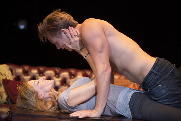 Marriage sex couple having sex on stage halle